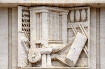 Um imenso tear representa a Indústria Têxtil, poderoso braço industrial dos Matarazzo.
